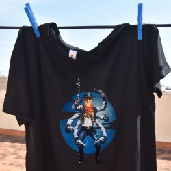 PUPPET SIX SHOOTS TEE